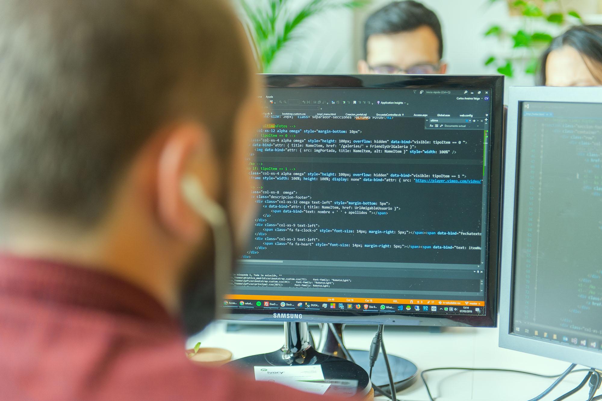 Ivory código desarrollo web a medida