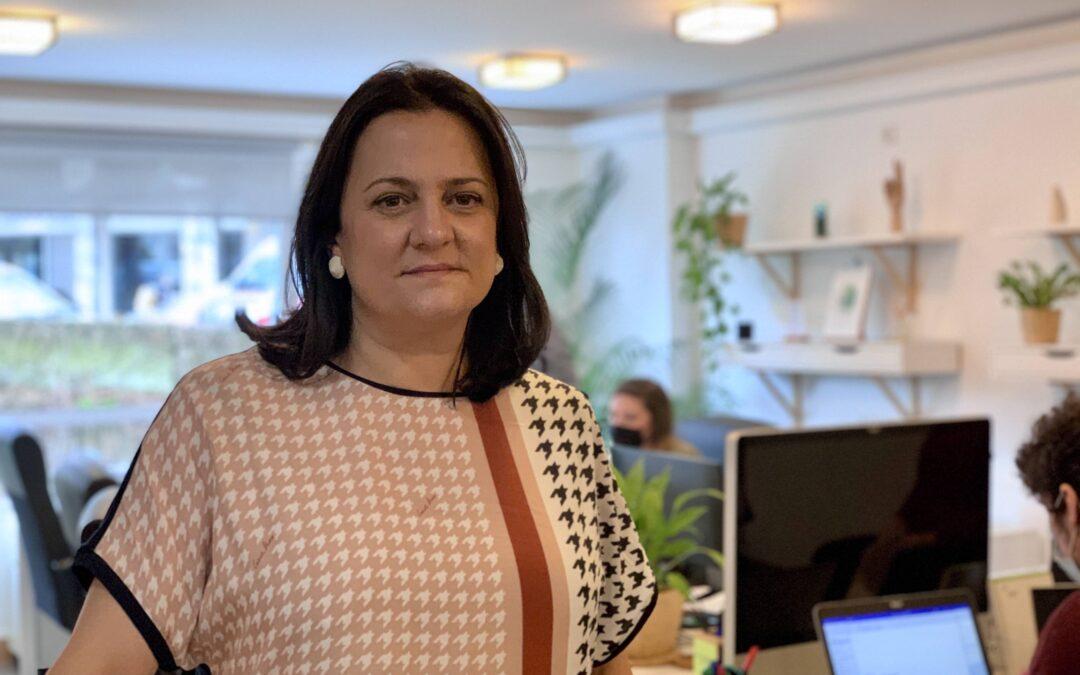 Entrevista a Esther Moraleda en La Voz de Galicia